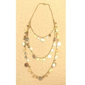 Jewelry - Layered gold and oyster shell necklace. Adjustable